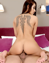 21 Sextury - Pretty Woman Melon